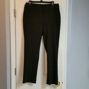 Ellen Tracy black dress pants. Size 10. Stretchy